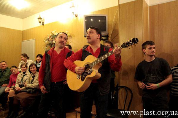 Брати Капранови на Вогнику. Фото П. Задорожного